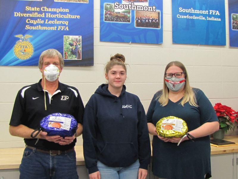 AMVC Donates Hams for the Holidays