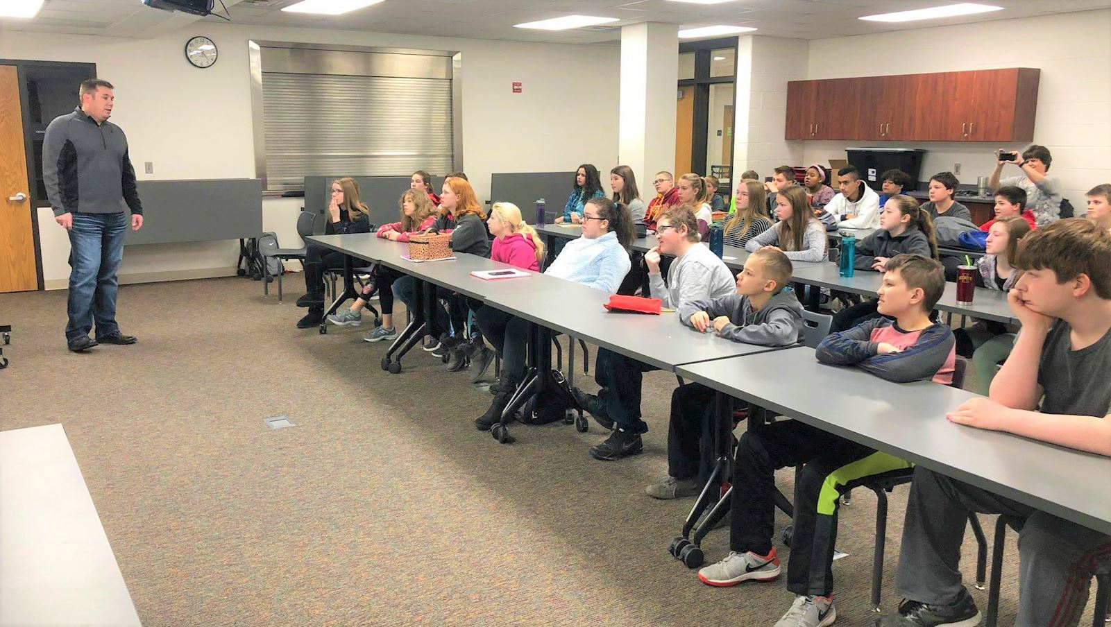 Hocker shares insight with local students