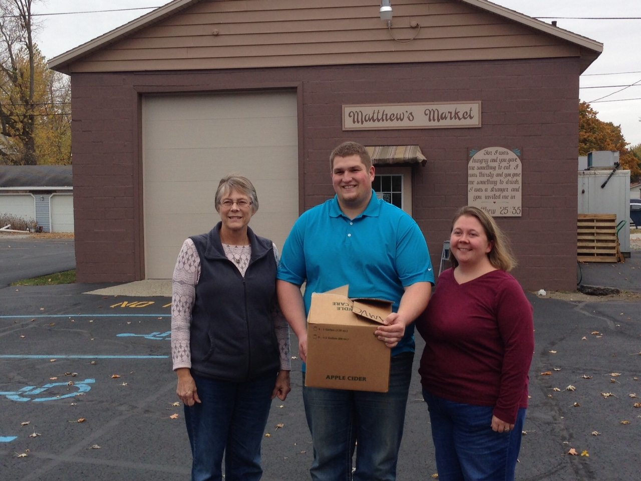 Matthew's Market Receives Pork Donation from AMVC
