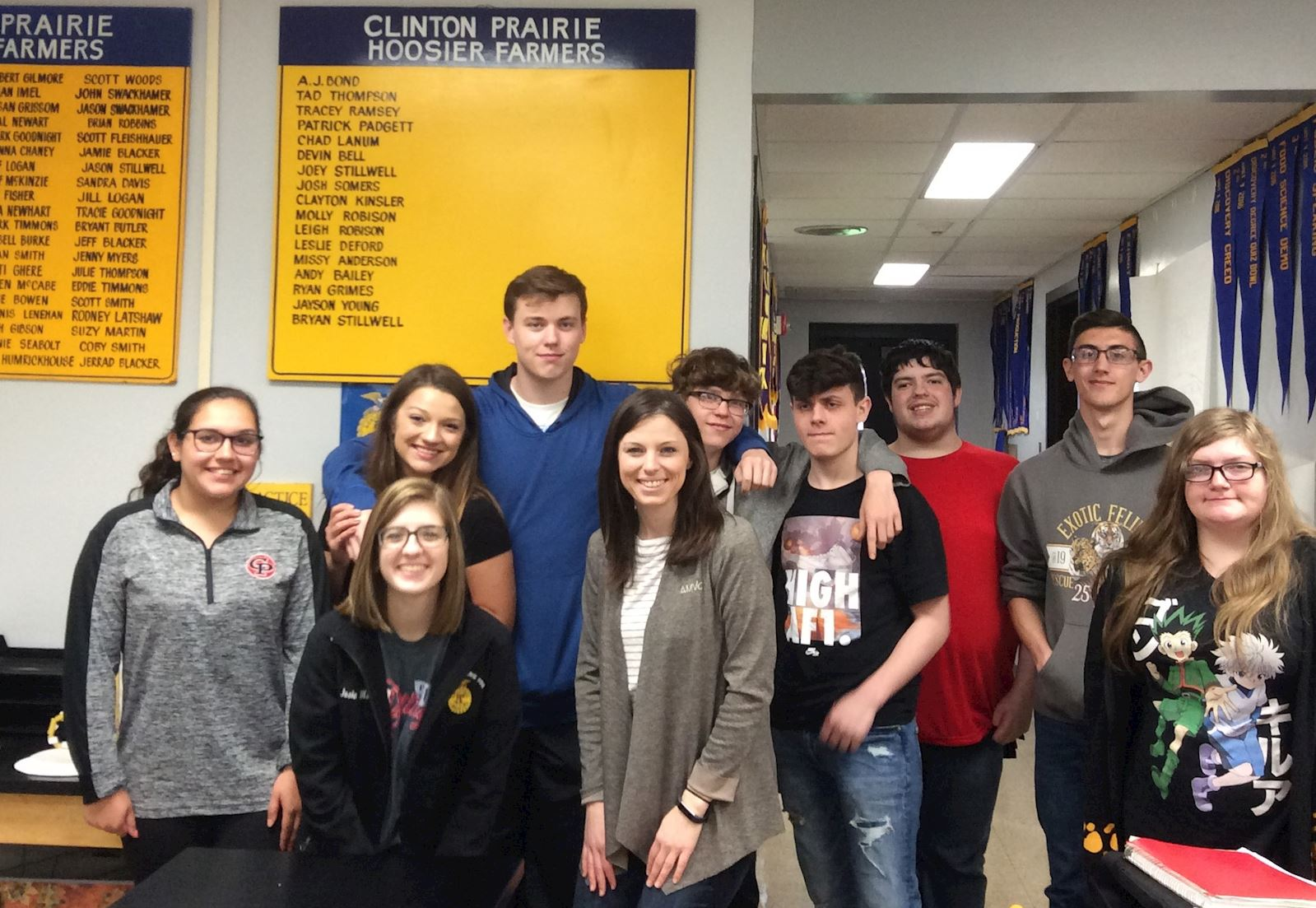 Clinton- Prairie students learn about pig farming